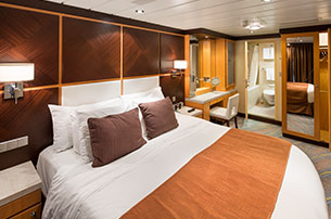 Deluxe Suites On Allure Of The Seas Royal Caribbean International