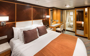 Deluxe Suites On Oasis Of The Seas Royal Caribbean International
